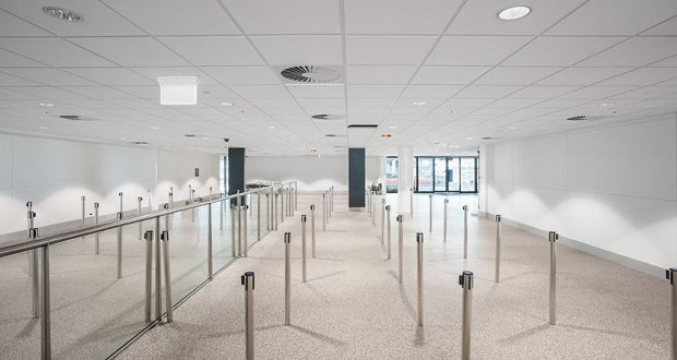 Brisbane Airport expanded with sustainable mineral fiber ceilings panels